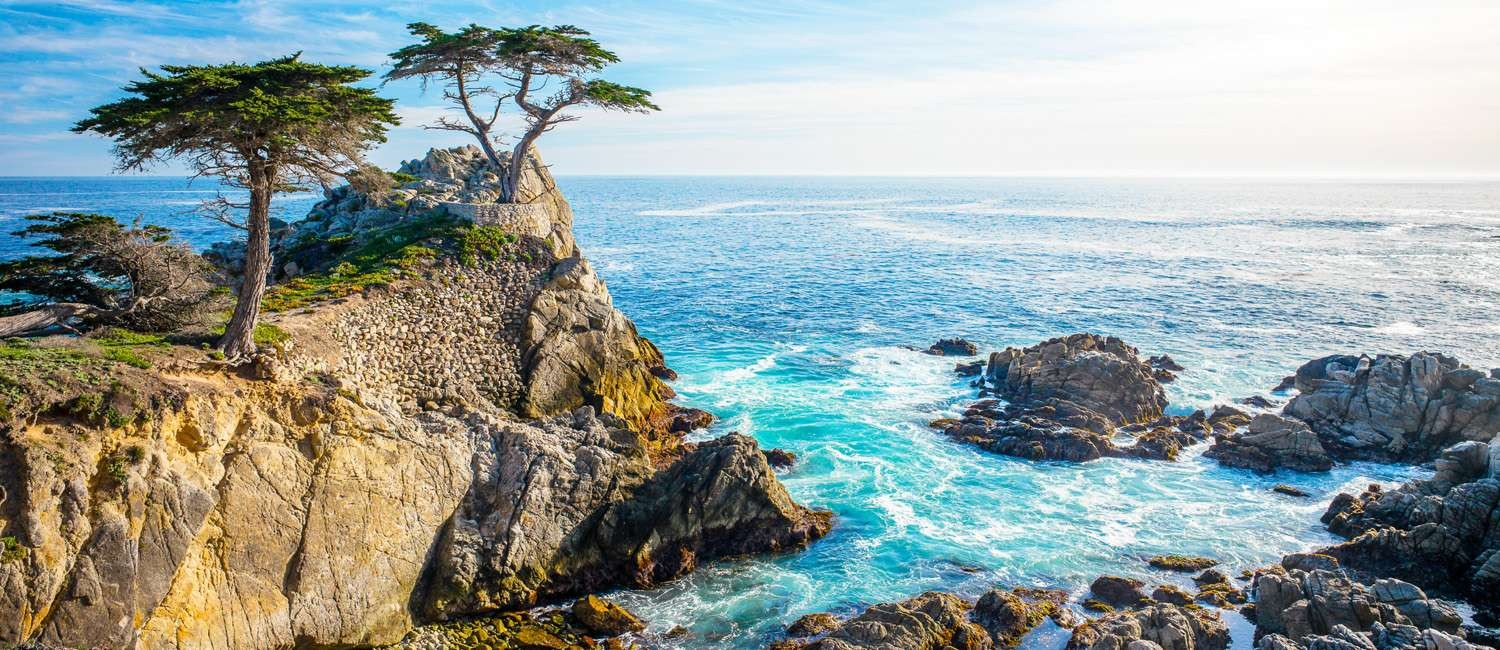 POPULAR CARMEL ATTRACTIONS ARE MINUTES FROM OUR HOTEL