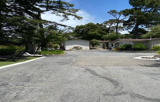 Carmel Resort Inn - Way to Cottages