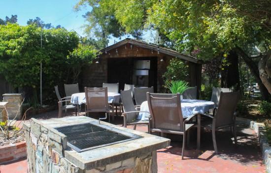 Carmel Resort Inn - Barbeque at Carmel Resort Inn