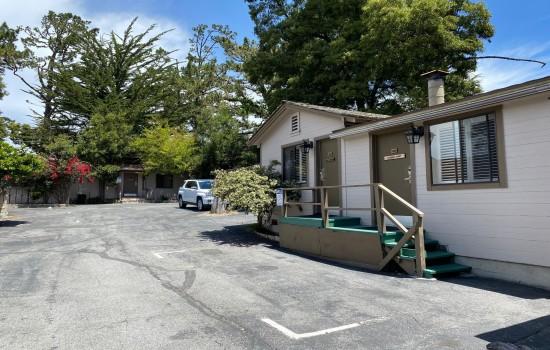Carmel Resort Inn - Carmel Resort Inn Cottages