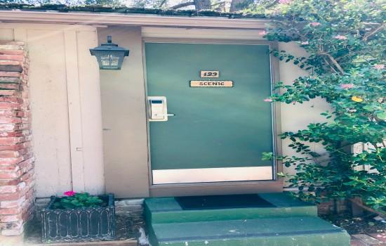 Carmel Resort Inn - One-Bedroom King Cottage